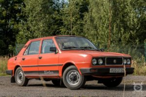 Škoda 105 GL - Grand de Luxe